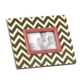 Black & White Chevron Picture Frame, 4x6