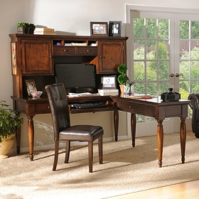 Milford Desk Set